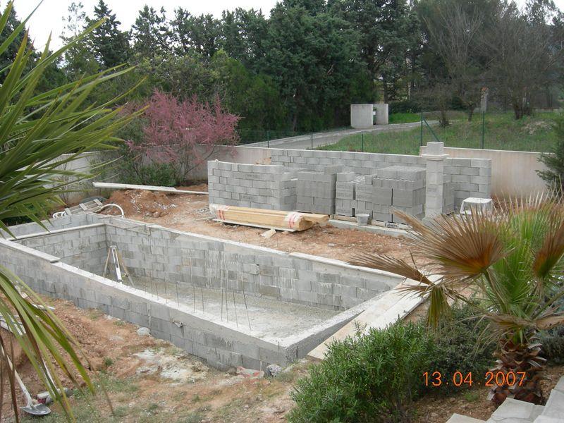 Construction aix en provence jouques pertuis bouches du for Construction piscine tva 5 5